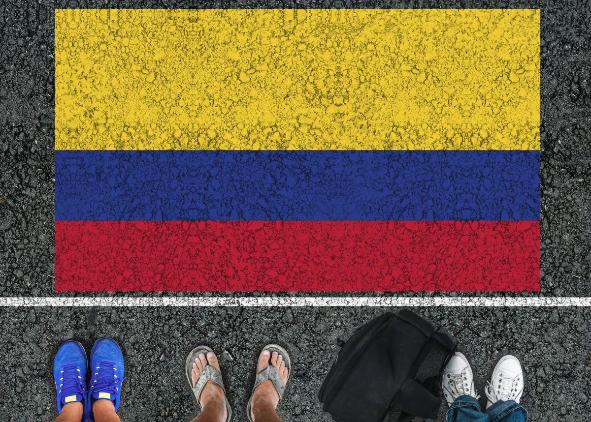 feet at border of Colombian flog